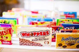Bilderesultat for candy boxes