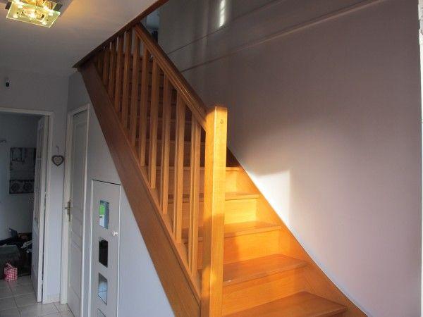 comment donner du cachet une entr e sombre avec cage d escalier coaching d co coaching. Black Bedroom Furniture Sets. Home Design Ideas