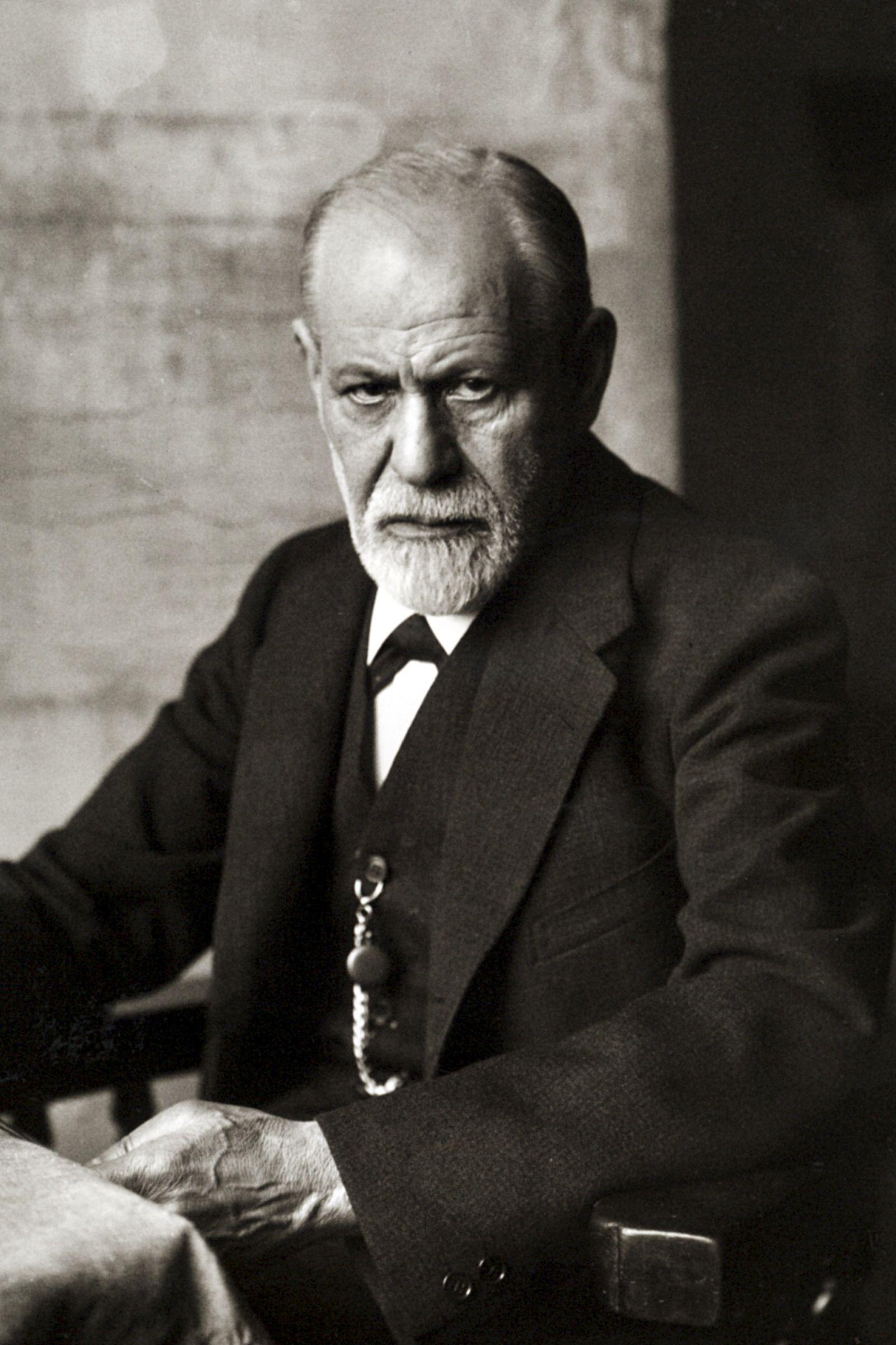 Recordar es el mejor modo de olvidar. Sigmund Freud