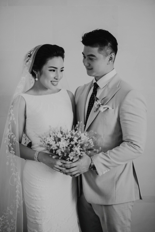 Wedding Dress Alterations Knoxville Tn Best Of Arnold Poernomo And Tiffany Soetan In 2020 Wedding Dress Alterations Wedding Dress Store Strapless Wedding Dress Mermaid