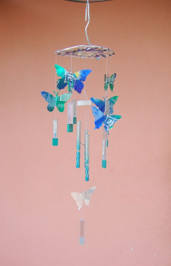 Butterfly wind chime made from pop cans d i y for Easy to make wind chimes