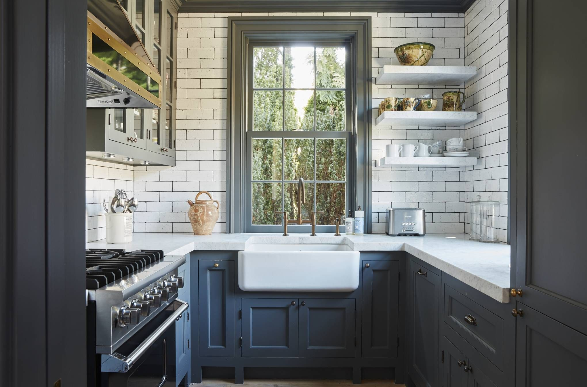 The Same House Features A Small Kitchen With Units Fitted To Be As Ergonomic As Possible Two L Small House Renovation Interior Design Kitchen Bungalow Kitchen Kitchen design small room