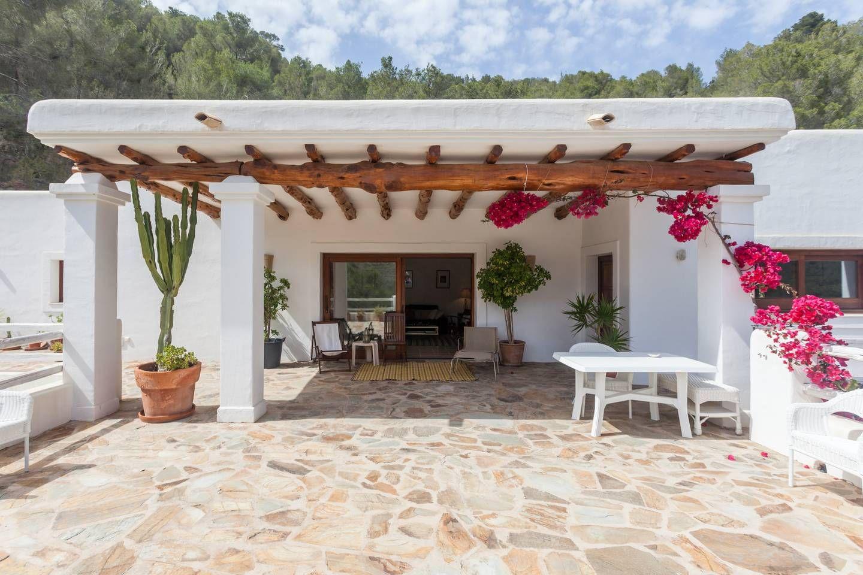 Romantic Private Villa in Häuser zur Miete in