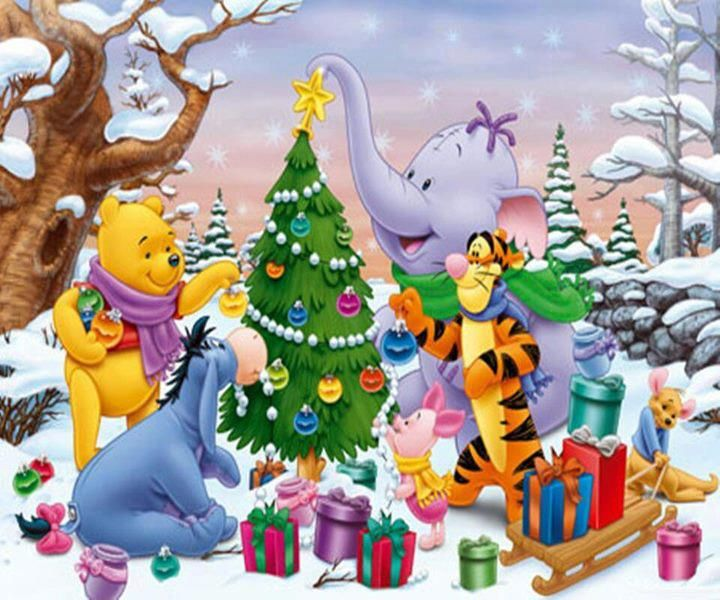 Pooh and the gang decorating their tree THANKS FOR NOTICIN ME