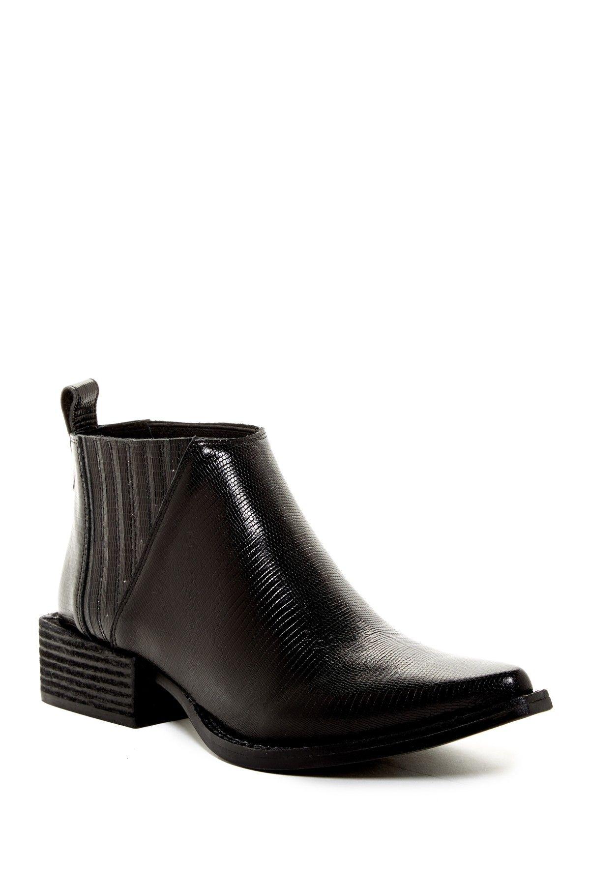 Faraday Boot
