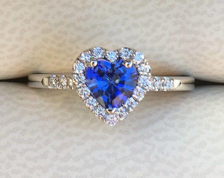 Heart Sapphire Ring 18k White Gold Engagement Ring Romantic