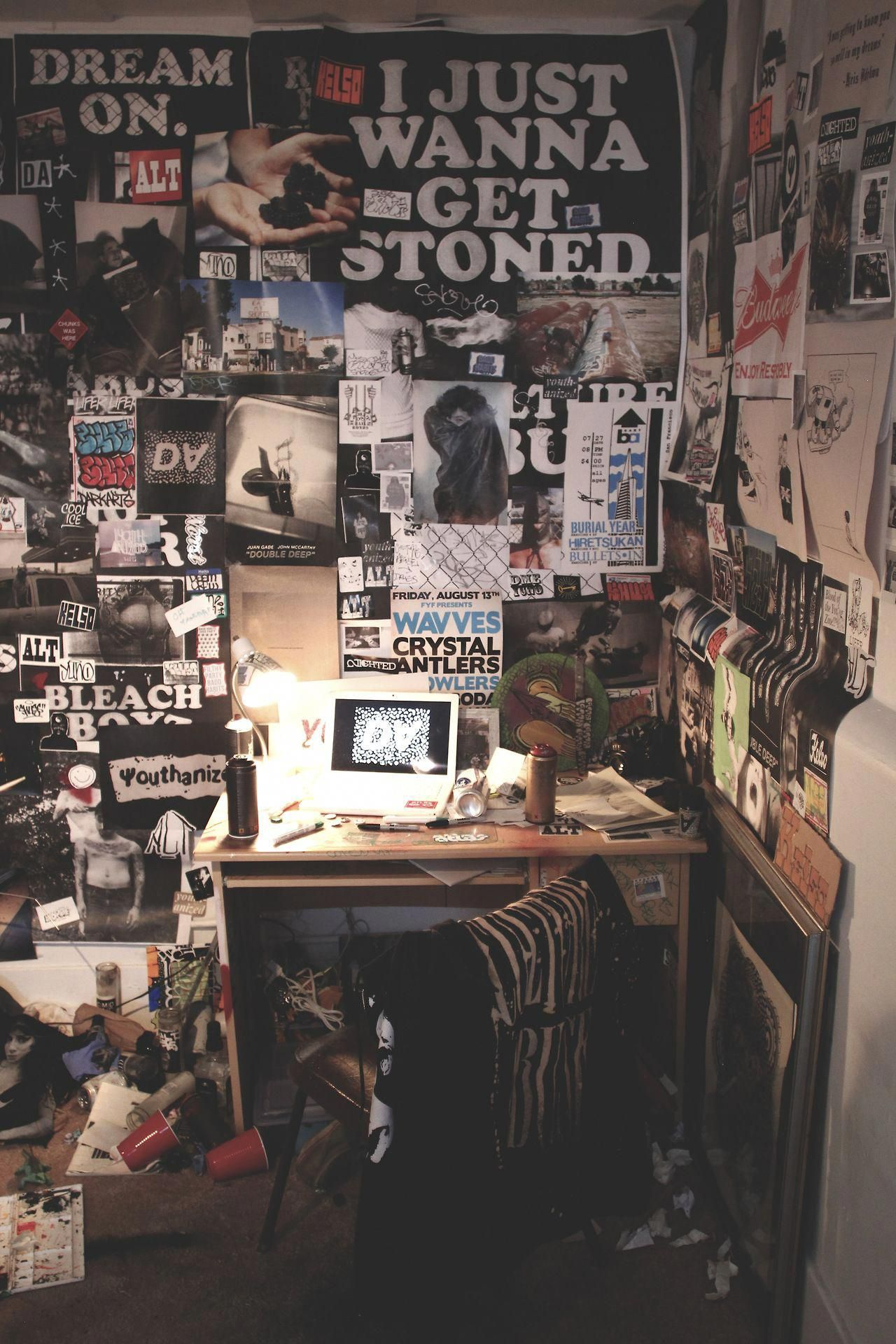 #diyhomedecorbedroomideasawesome | Grunge bedroom ...