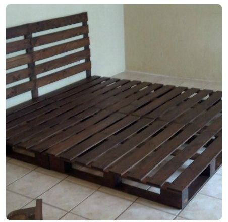 Cmo hacer una cama de matrimonio con palets Pallets Bedrooms and