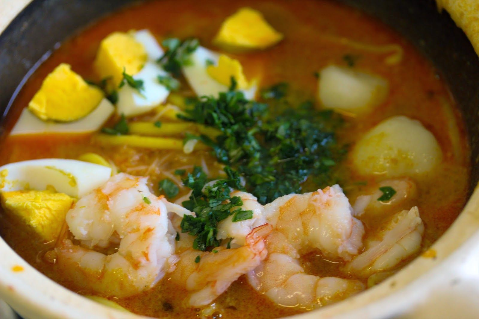The Food Canon - Inspiring Home Cooks: Cooking Laksa in Toronto