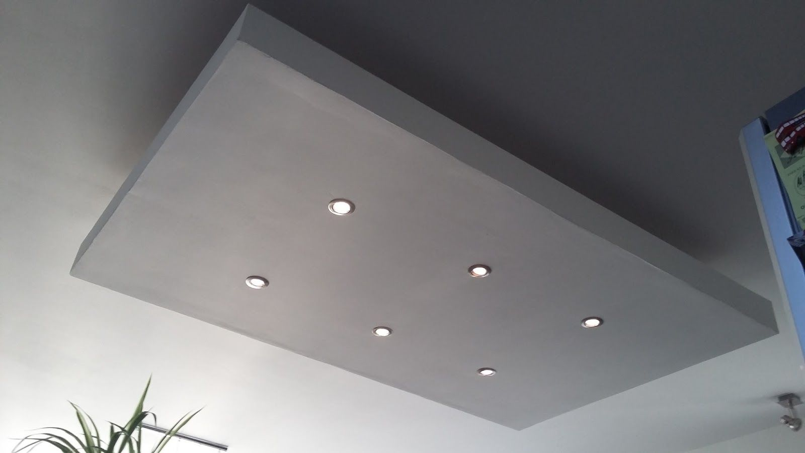 D roch plafond descendu suspendu ilot central decaissement design spots caisson placo platre - Faire les bandes de placo au plafond ...