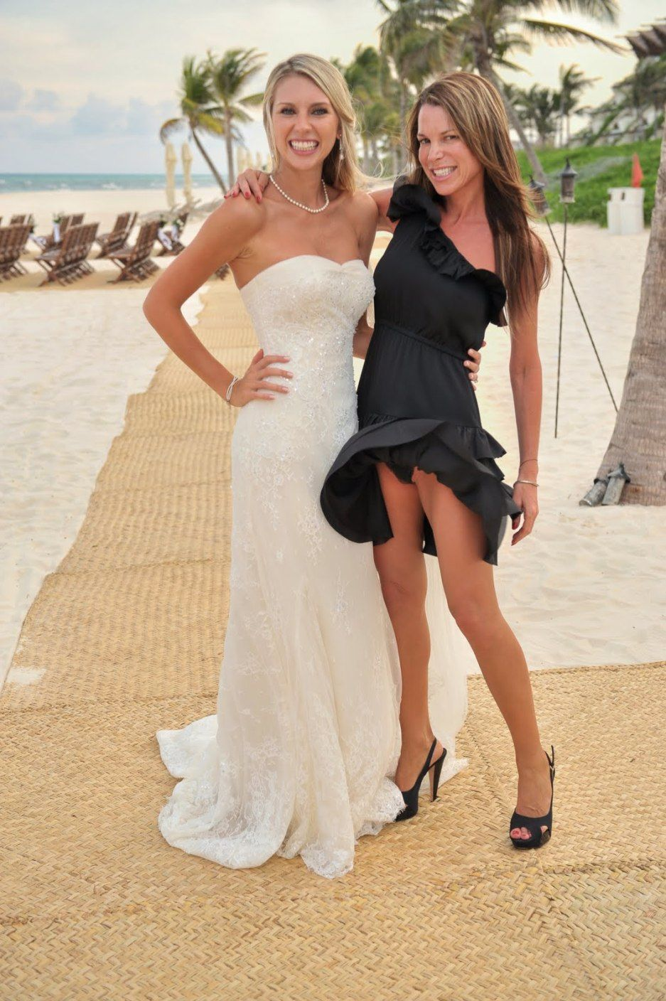 Pin By Lee Anne Nel On Weddings Pinterest Panty Peek Sexy And