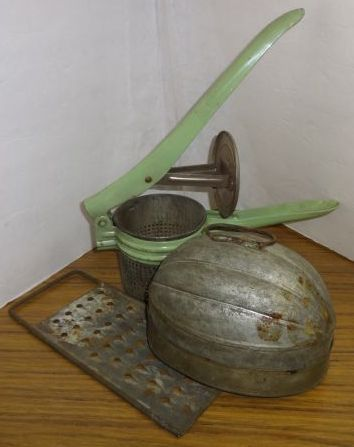 Lot of (3) Vintage Kitchenware - Made of Tin - Tin Mold, Melon Shape; Tin Juicer and Tin Grater - Fels Naphtha Soap - Good Condition  08/17 Large Auction
