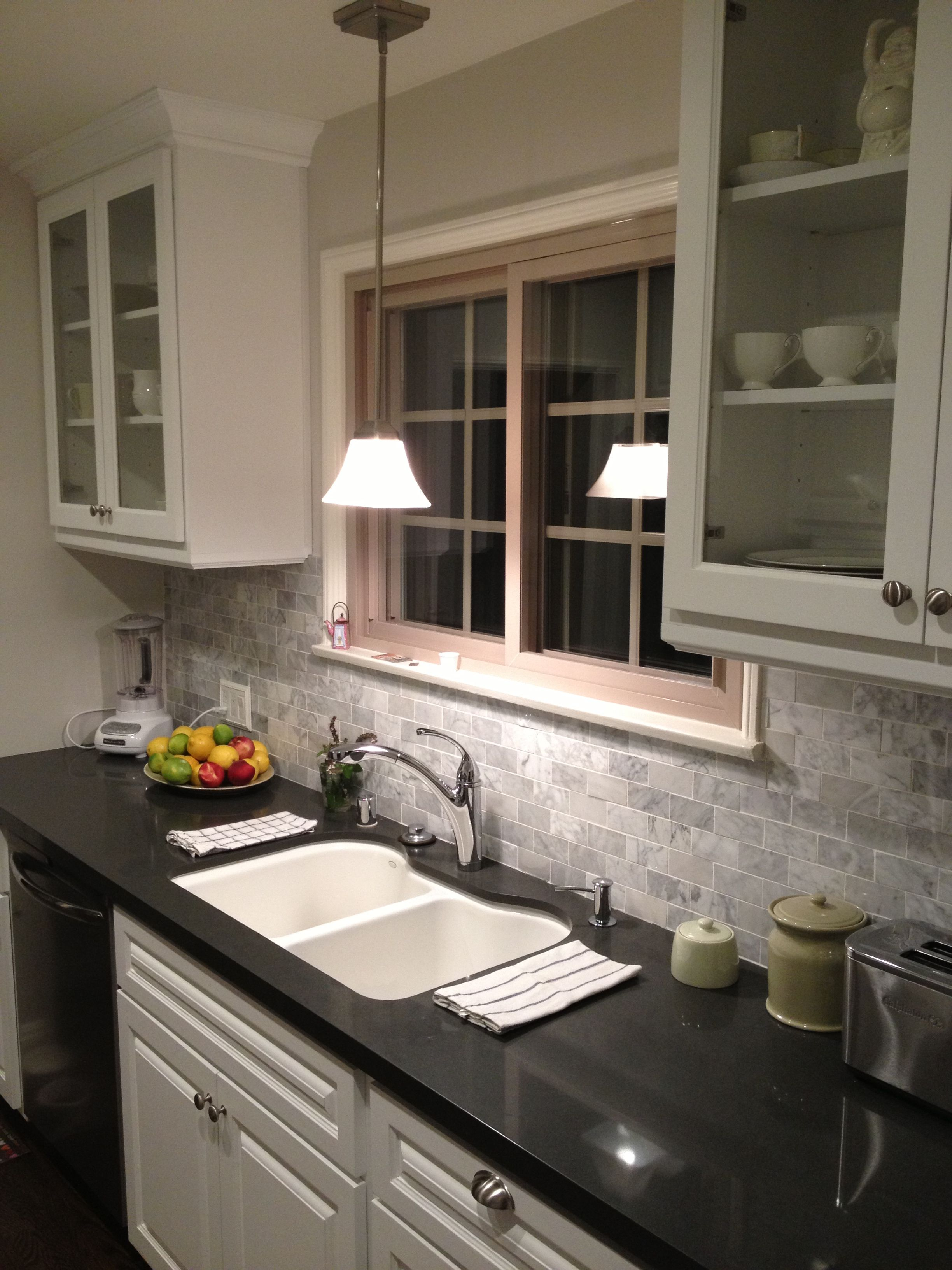 Carrera Backsplash And Stainless Steel Appliances With 10