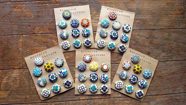 10 Handmade Beautiful European Motif Print  Fabric-Covered Button Set. by niconecozakkaya on Etsy