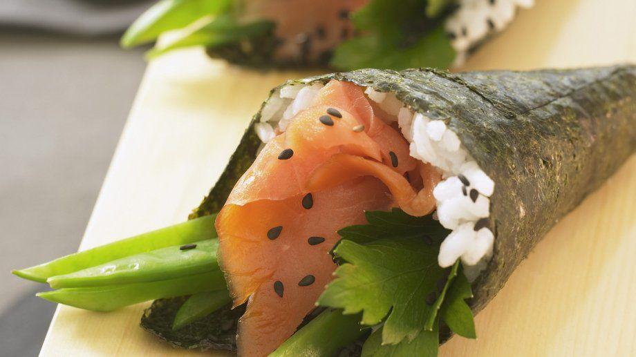 Temaki-Sushi mit Lachs