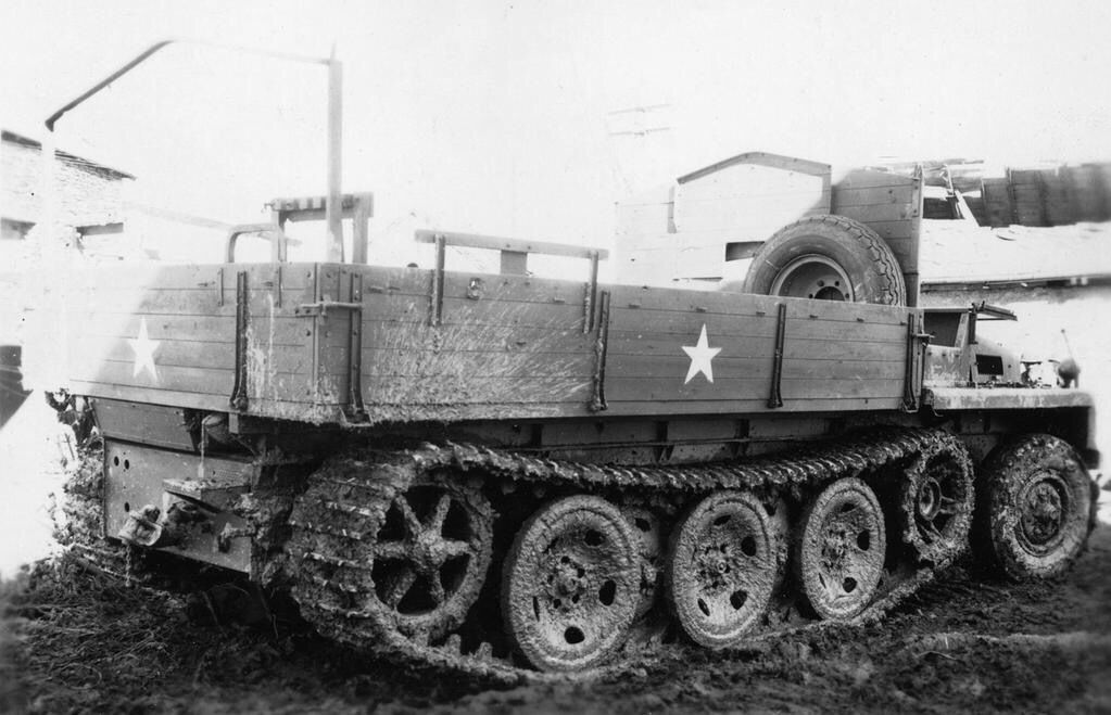 Panzer Db On Twitter Military Vehicles Military Pictures Armored Vehicles