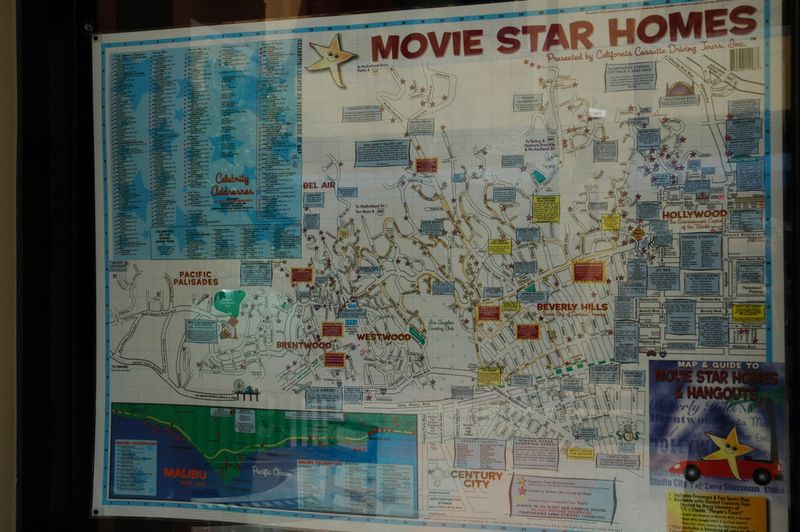 Celebrity homes maps are wonderful souvenirs of a visit to for La star homes tour