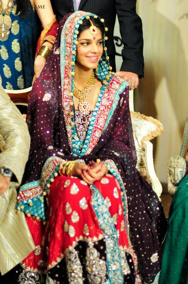 Wedding dresses pictures pakistani actress