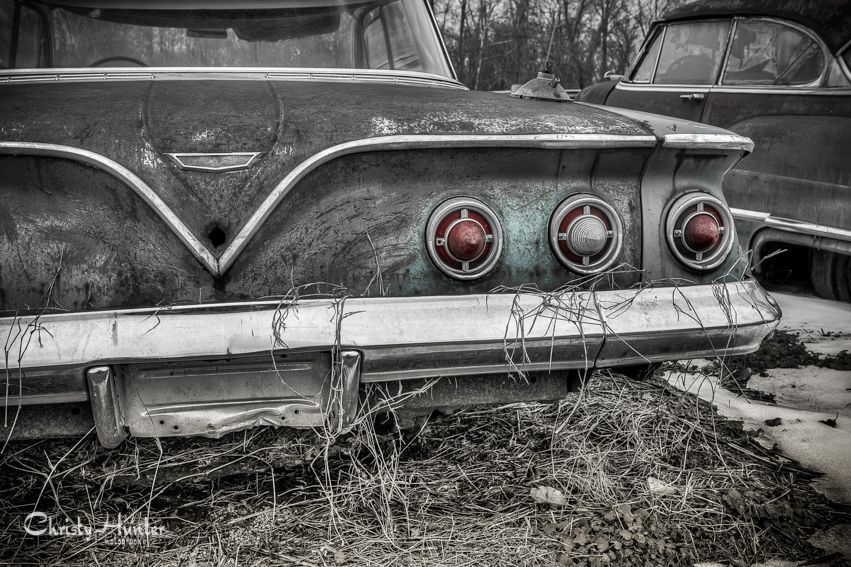 Old rusty car. Fading away. Rusty cars, Abandoned cars