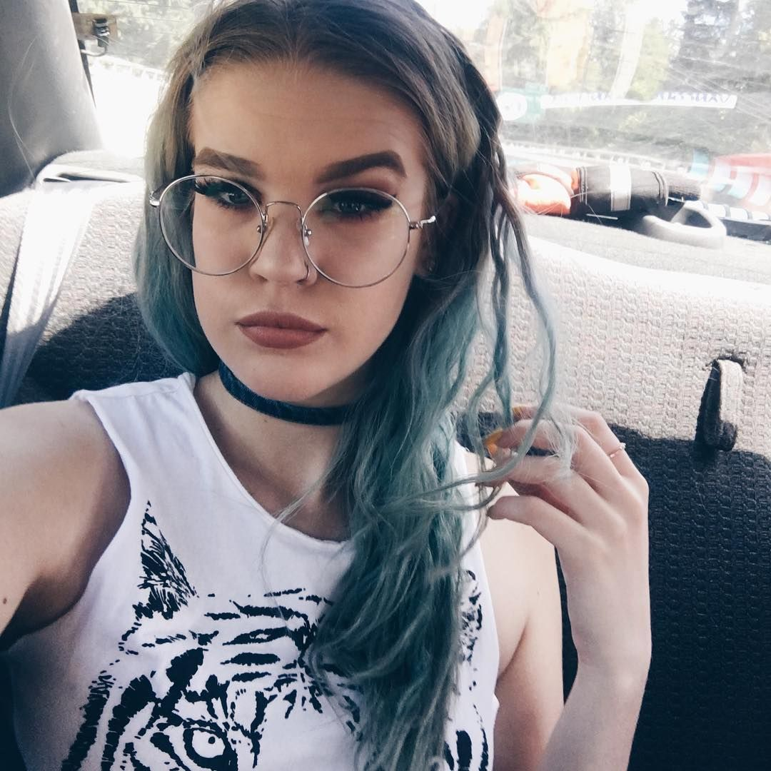 a7ab5b38fe4 She Is Kinda Hot With Glasses Harrypotter glasses firmoo greenhair matt  makeup Style   YSL356
