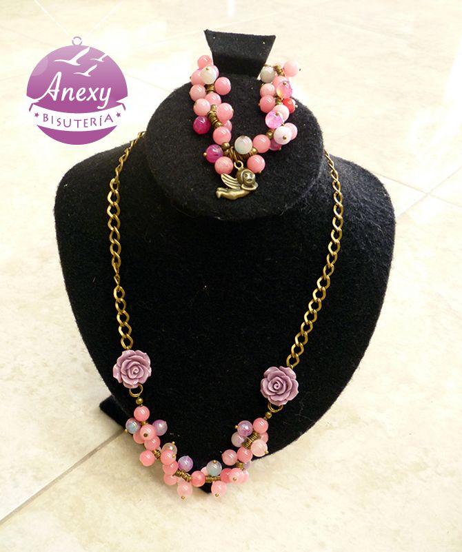3ef4c78a49a6 Pulsera y collar en oro viejo color rosa lila     Rosa y  Ángel   Aguascalientes