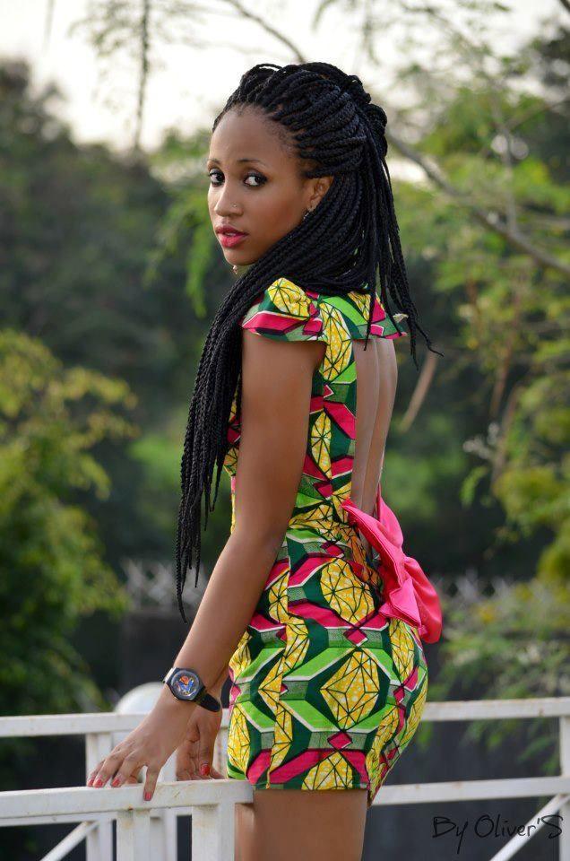 rückenfreies Kleid und Haare mit afrikanischem Print! Muss ich haben! #afrikanischerdruck rückenfreies Kleid und Haare mit afrikanischem Print! Muss ich haben! #afrikanischerdruck