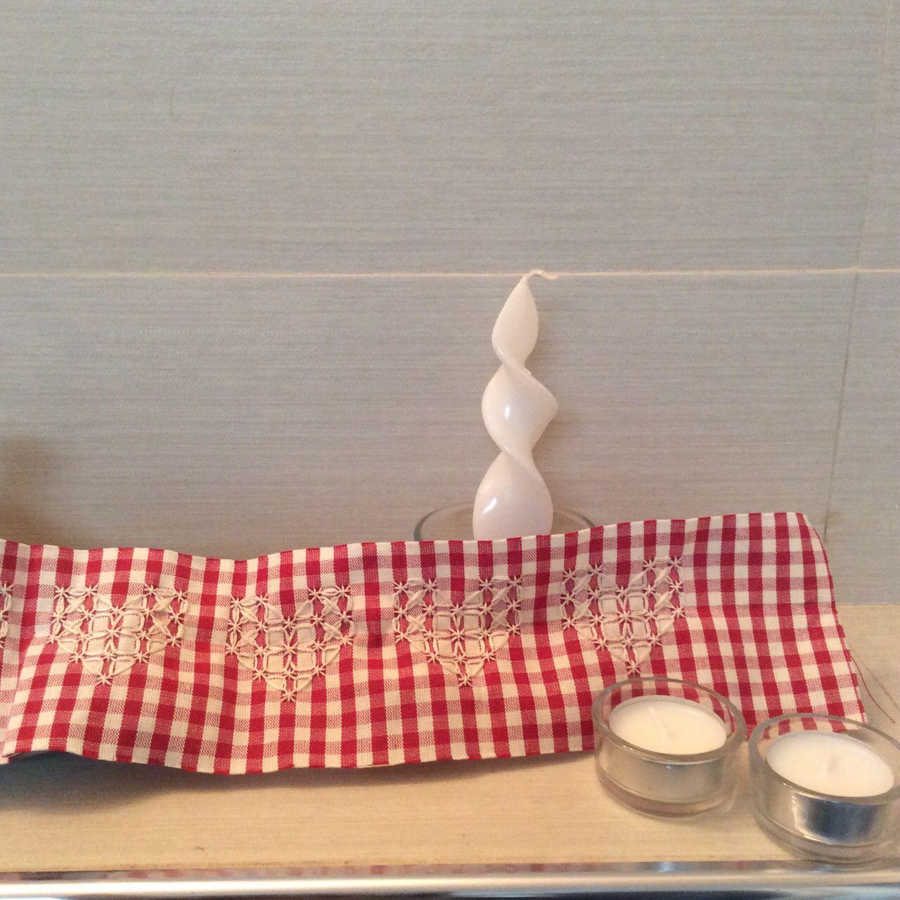 Fascia a punto svizzero ideale da applicare su canovacci ed asciugamani Dim 9x60