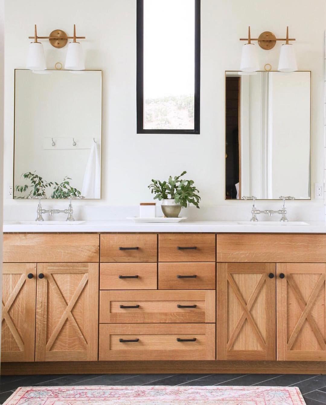 Vivir Design On Instagram Absolutely Loving This New Bathroom Design By Lindsay Hill Interiors New Bathroom Designs Bathroom Remodel Master Master Bathroom