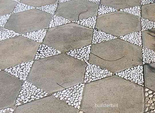 Charmant This Is What I Want To Do With My Hexagon Pavers!
