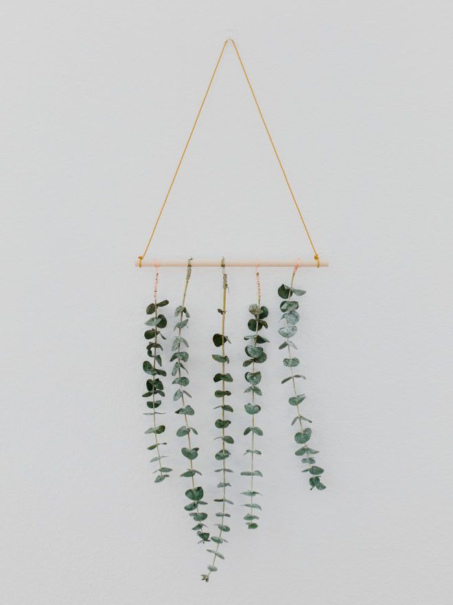 Diy Eucalyptus Wall Hanging The Effortless Chic Wall Bedroom Diy Easy Home Decor Diy Hanging