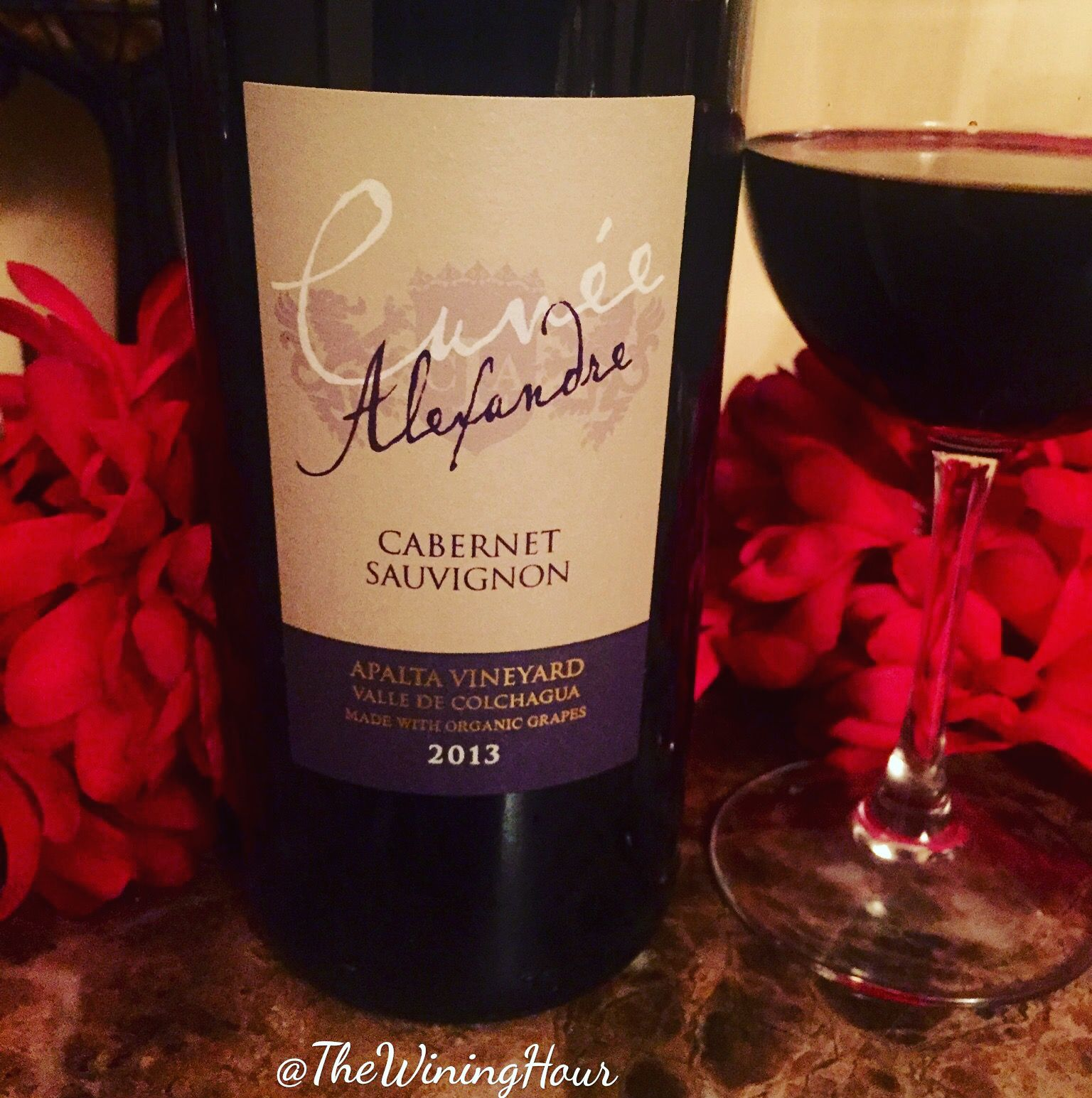 Wininghourchat Selection Lapostolle Cabernetsauvignon Cuvee Alexandre Winesofchile Tipsytuesday Awesome Blend Of Wine Lovers Wine Bottle Different Wines