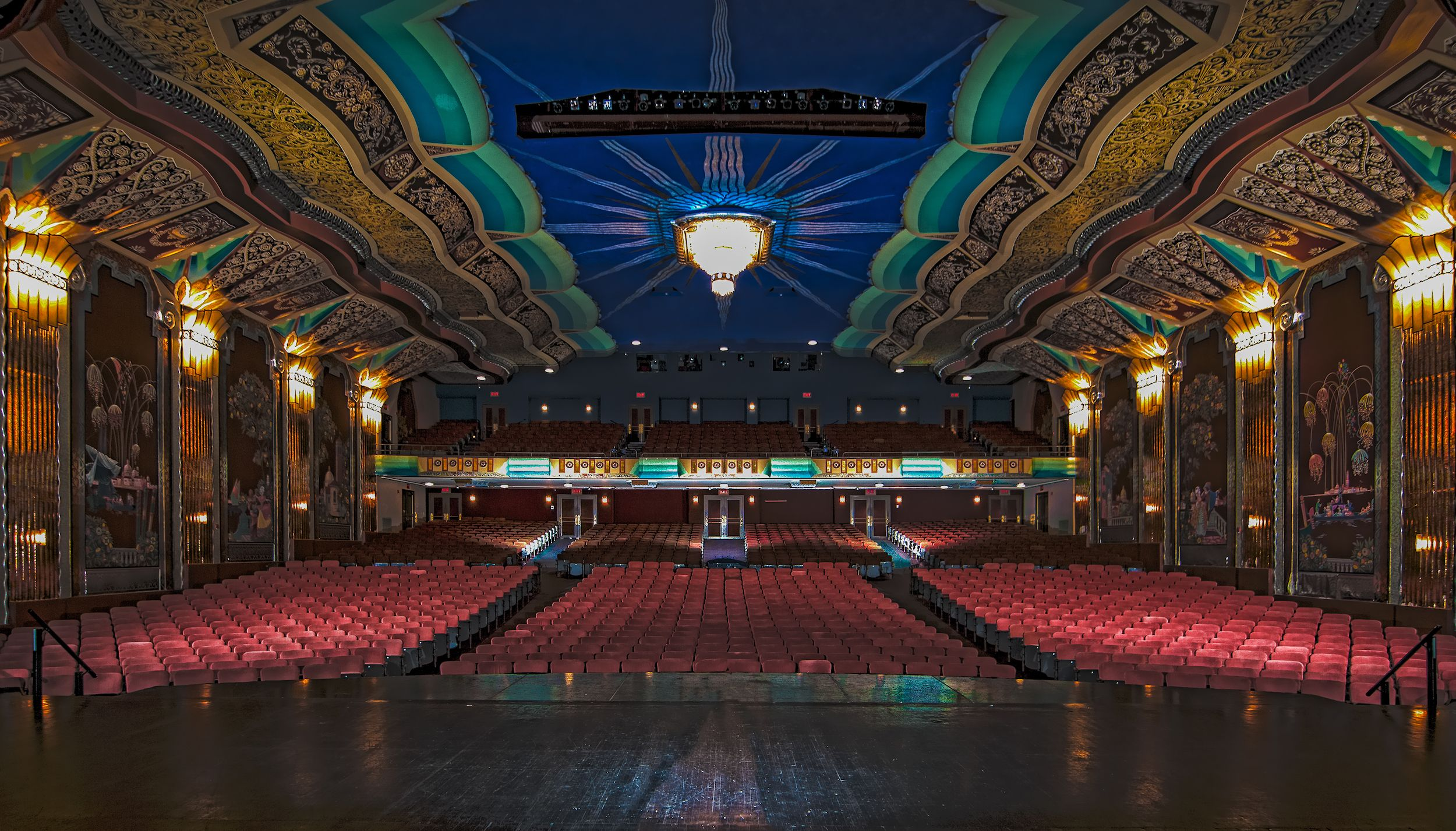 Inside Paramount Theatre From Center Stage Aurora Il Paramount
