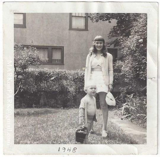 Old Mom Retro