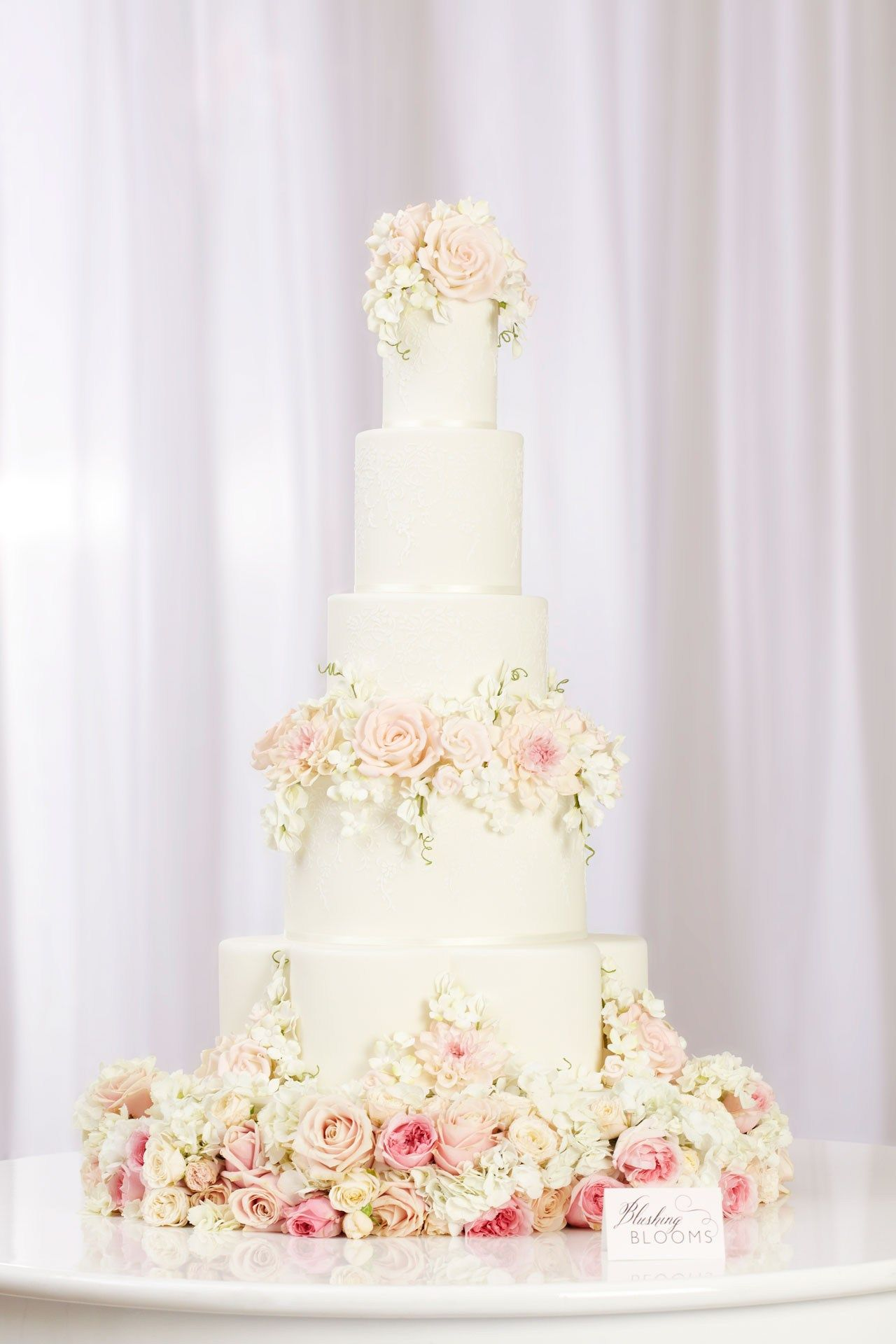 elegant wedding cakes with flowers peggy s floral cake collection wedding cakes 13987