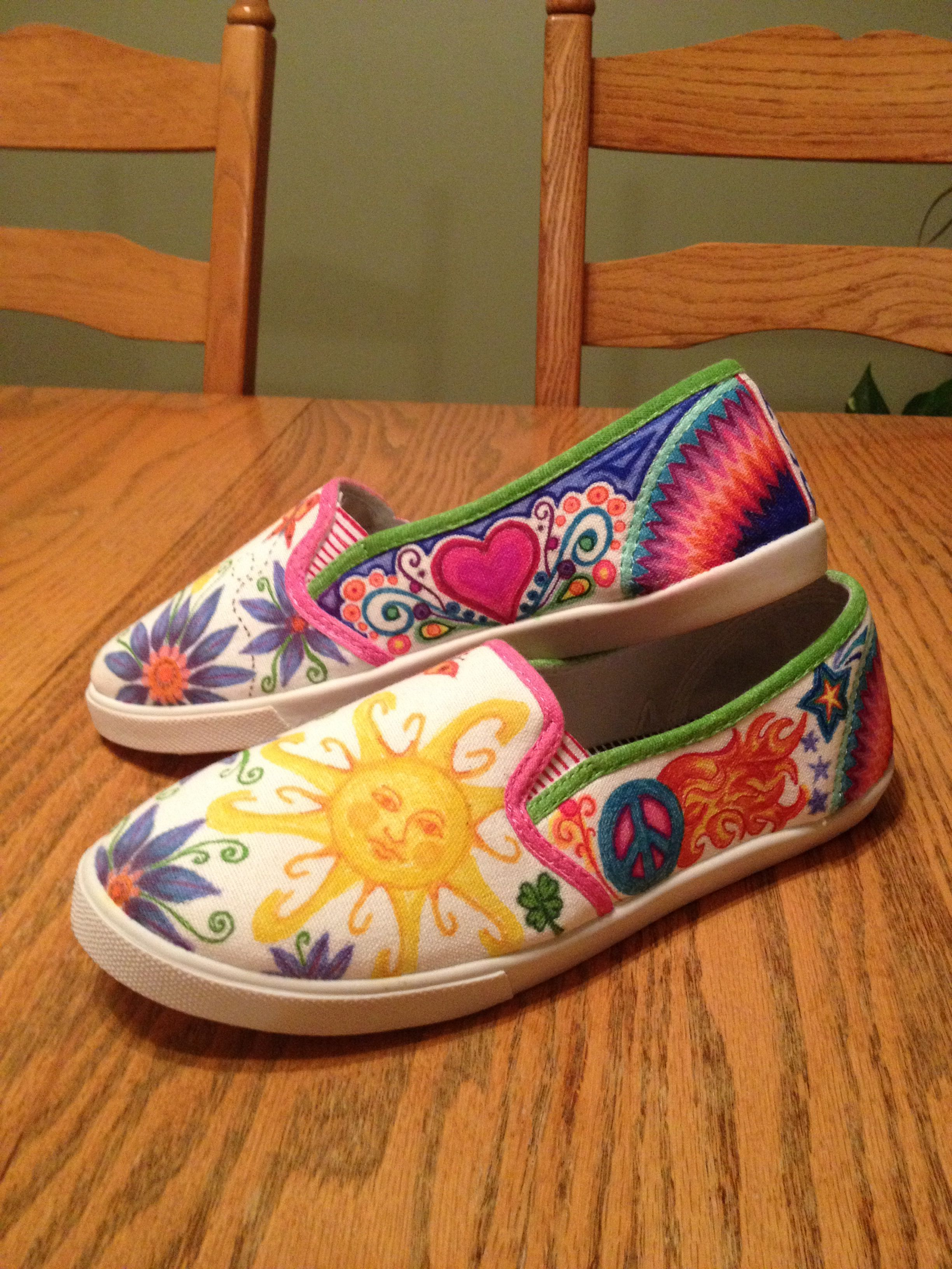 Diy Fun Artsy Design Sharpie On Canvas Tennis Shoes Featuring Colorful Graphics Of Flowers Sunshine Peace Sign Heart Sharpie Shoes Shoe Refashion Diy Shoes