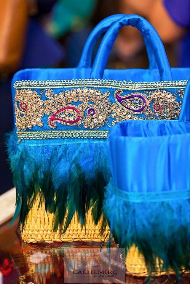 sac main fait main dans le cadre de l artisanat tunisien pinterest artisanat tunisien. Black Bedroom Furniture Sets. Home Design Ideas