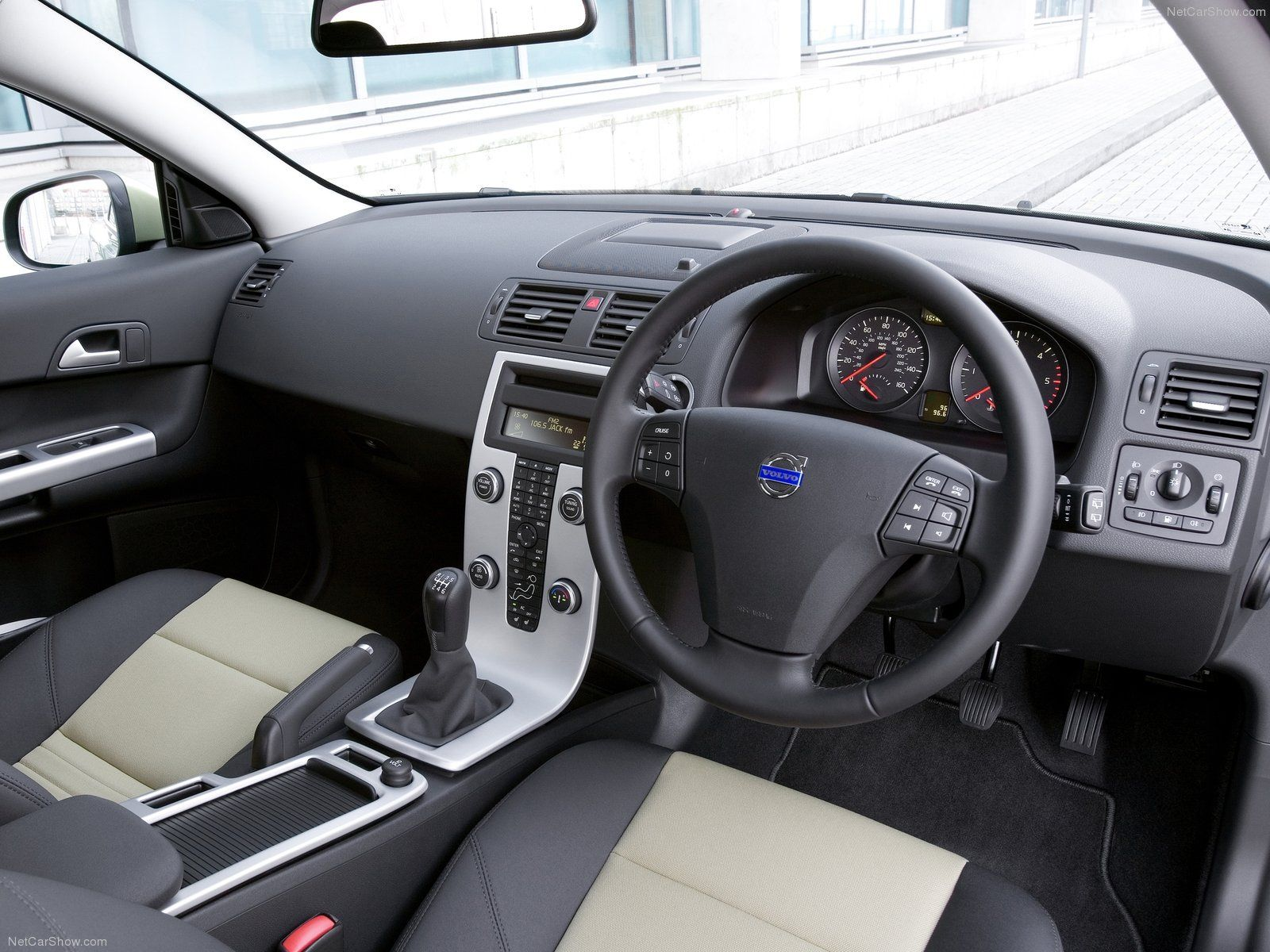 4e66638595d8aa1eccb6dc0efd9d0a5b Great Description About Volvo C30 R Design with Interesting Gallery Cars Review