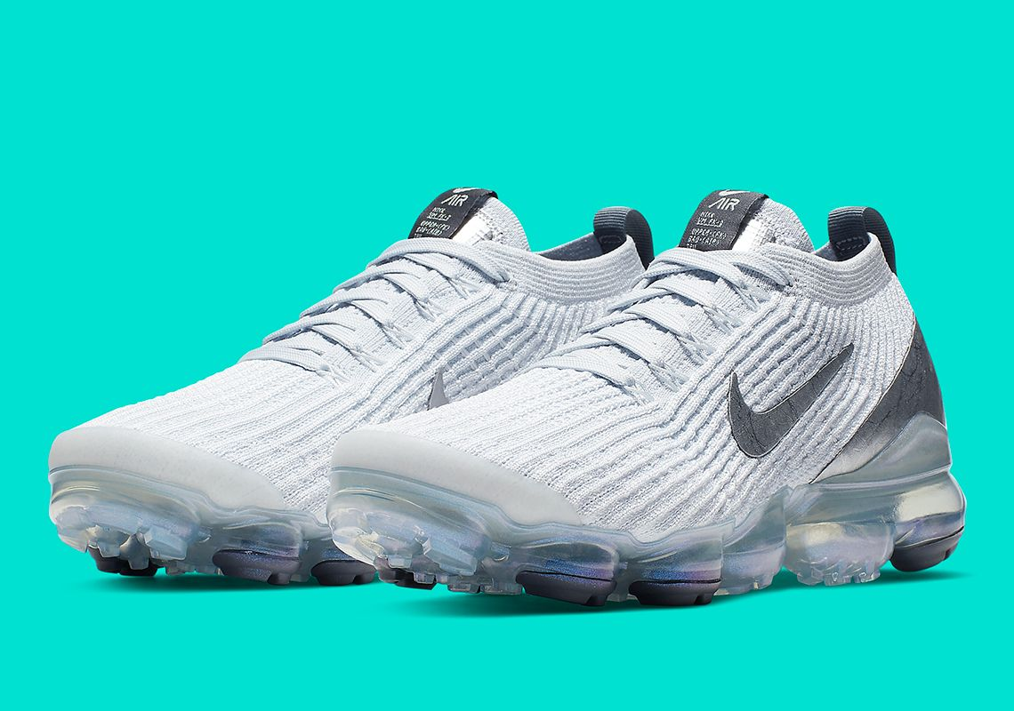 wholesale dealer c2649 a0b26 Shimmering Metallic Silver Arrives On Nikes Vapormax Flyknit ...