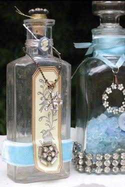 Botellas con stras y piedras