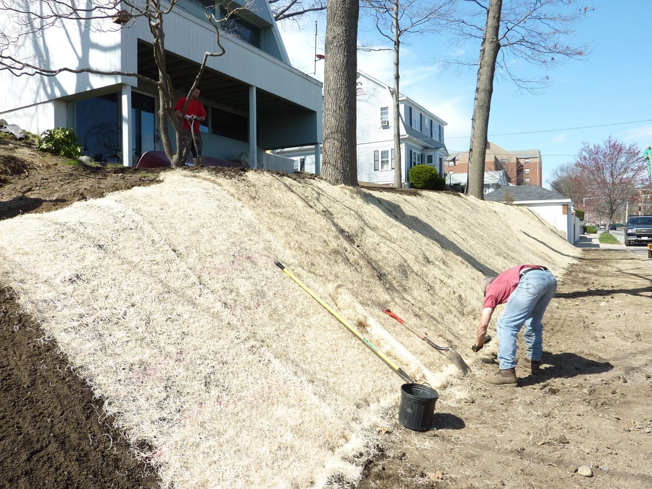 How to plant ground cover on steep bank - Ground Cover For Hillside Erosion Control Google Search