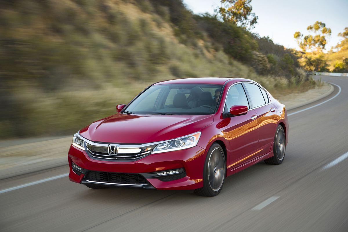 Get the latest reviews of the 2017 Honda Accord Sedan