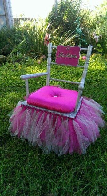 Incroyable Princess Rocking Chair!