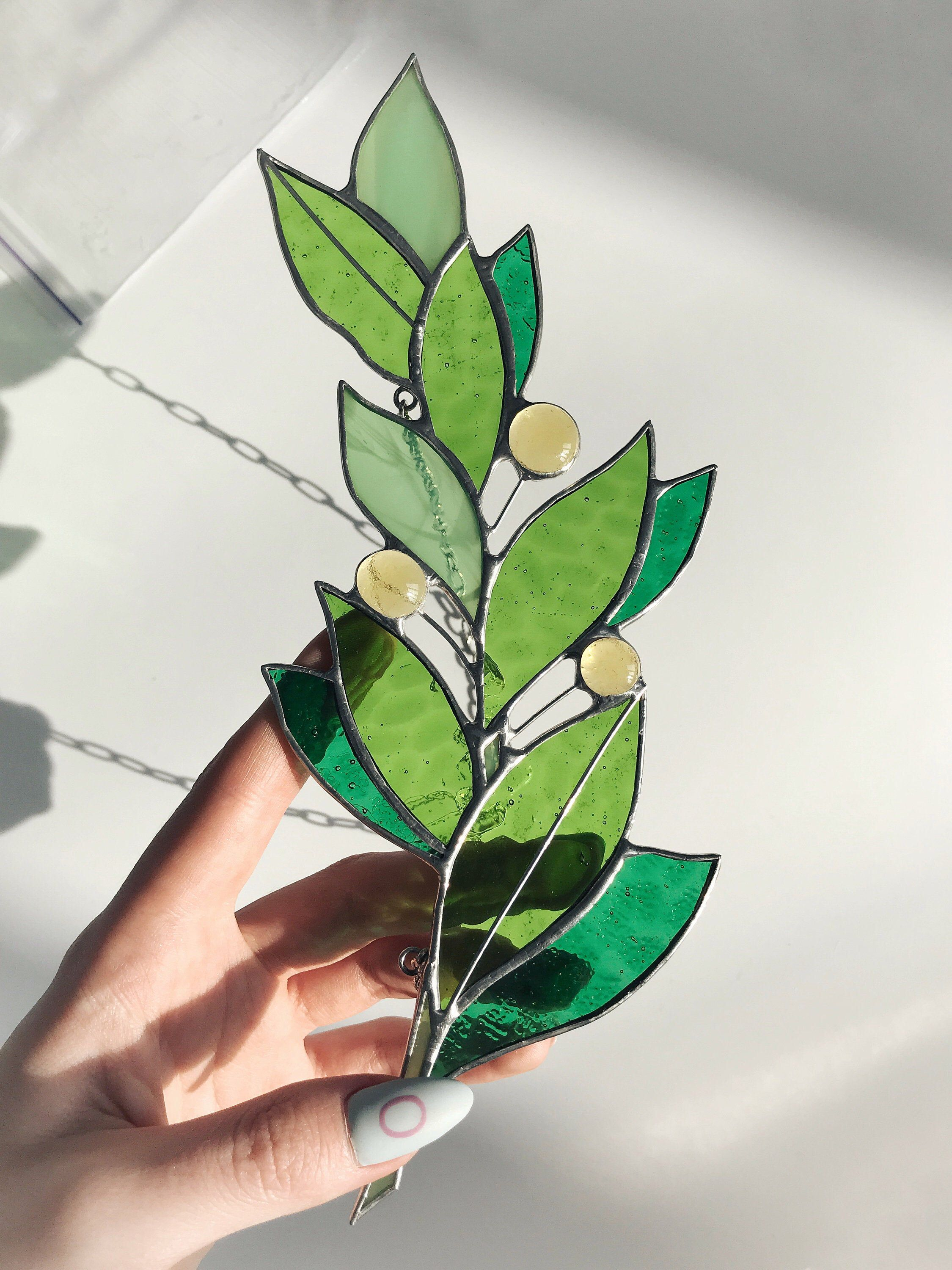 Stain Glass Green Laurel Branch Tiffany Suncatcher Leaf Thanksgiving Day Gift Home Decor Art Window Wall Nature Ornament Decorations Hanging -   beauty Art stained glass