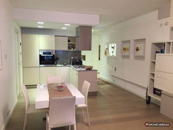 Vendita Appartamento Roma, via di Casal Bertone Roma