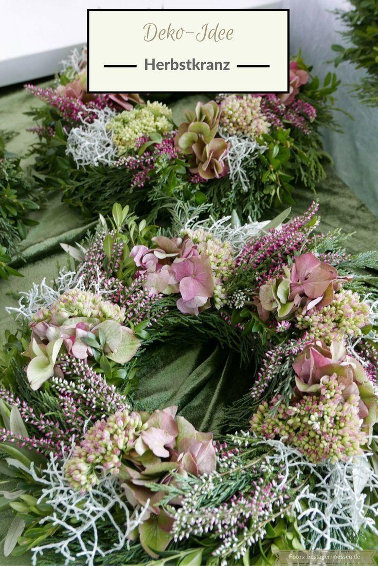 Deko-Idee: Herbstkranz und florales Dekoherz. Mehr Ideen? Wochenendtipps - #Dekoherz #Dekoidee #florales #Herbstkranz #ideen #mehr #und #werbung #Wochenendtipps #herbstlichetischdeko
