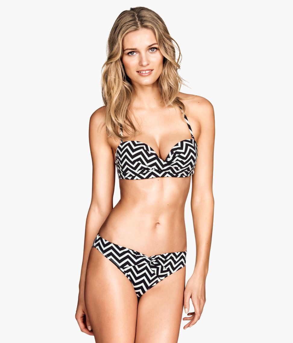 6f490c9dc4 Lined black and white bikini set with lightly padded cups ...