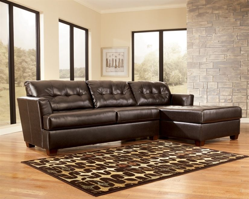 Incroyable ... Three Seat Sectional Sofa With Right Facing Chaise By Signature Design  By Ashley   Knoxville Wholesale Furniture   Sofa Sectional Knoxville,  Tennessee