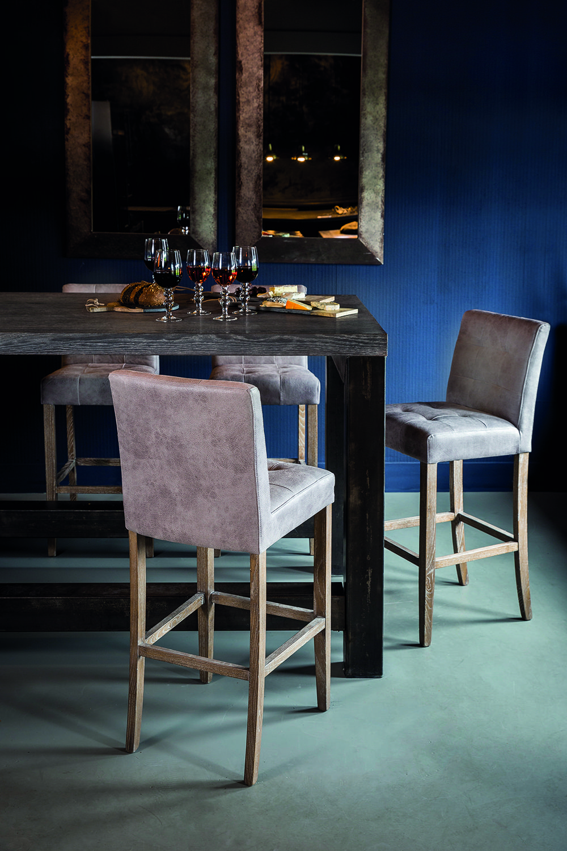 Stoelen merken gallery of de stoffenier ahrend buisframe for Merk stoelen