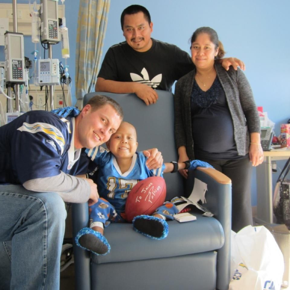 Wish Child Jaime Meets His Hero San Diego Chargers Qb Philip Rivers Make A Wish Children Philip