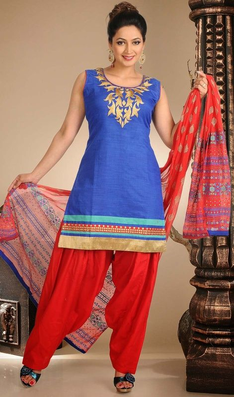 Let your dainty and delicate look garner all attention when you are dressed in this blue shade chanderi silk salwar kameez. Look ravishing clad with this attire which is enhanced lace and resham work. #LovelyCasualDress